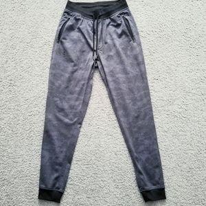 Under armour loose coldgear pants